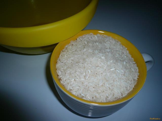 Молочная рисовая каша с сухофруктами рецепт с фото 2-го шага