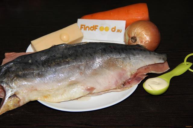 Горбуша с морковью и луком рецепт с фото 1-го шага