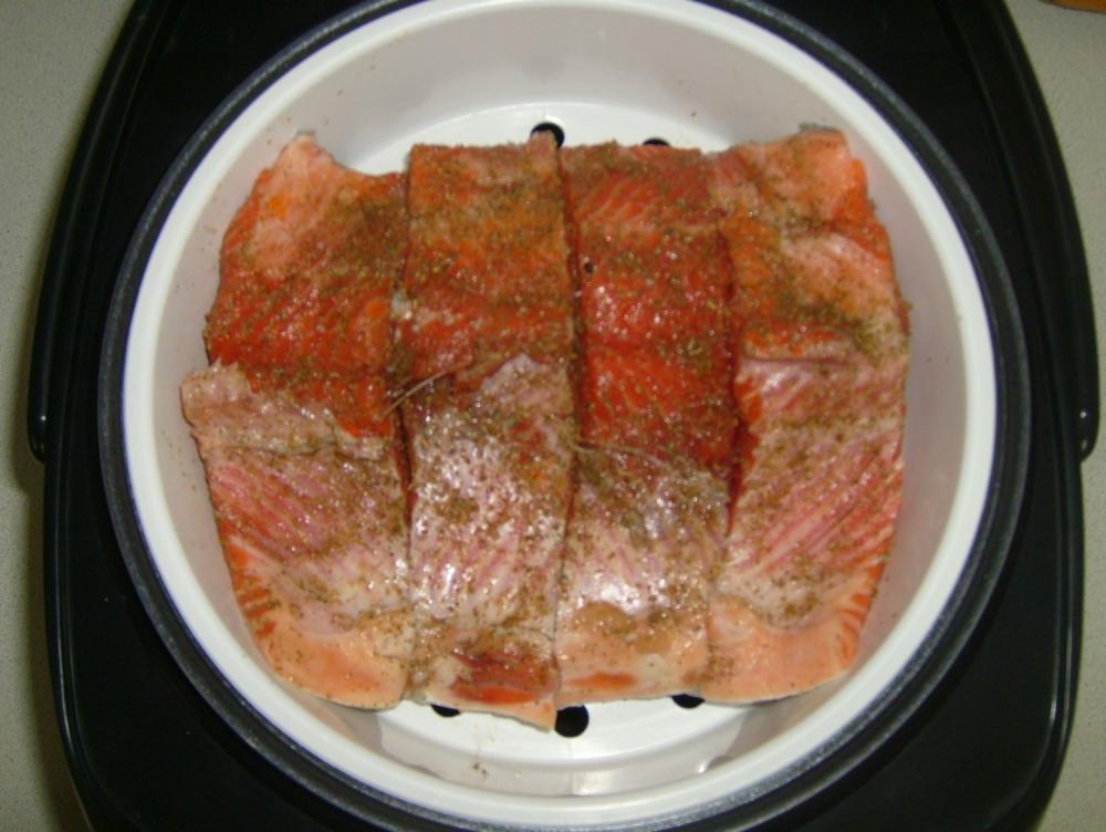 Рыба на пару в мультиварке: легкие пошаговые рецепты с фото 17
