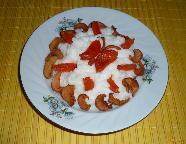 Рецепт Молочная рисовая каша с сухофруктами рецепт с фото