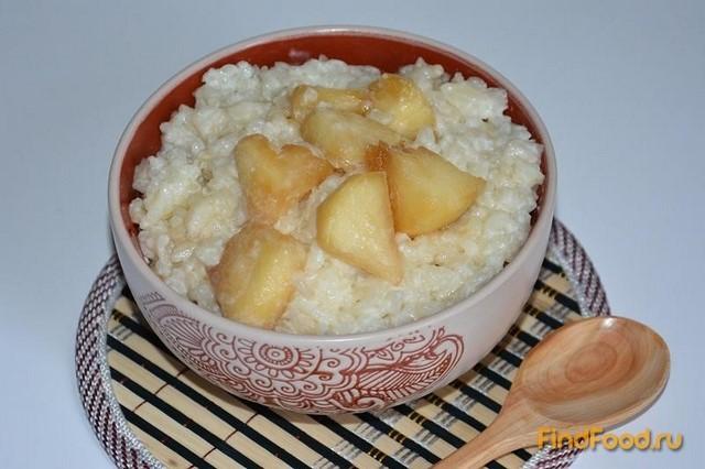 Рецепт Молочная рисовая каша с карамелизированными яблоками рецепт с фото