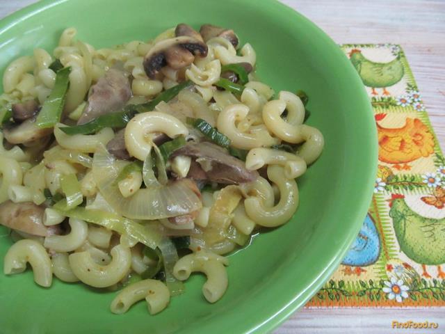 Рецепт Макароны с куриной печенью и грибами рецепт с фото