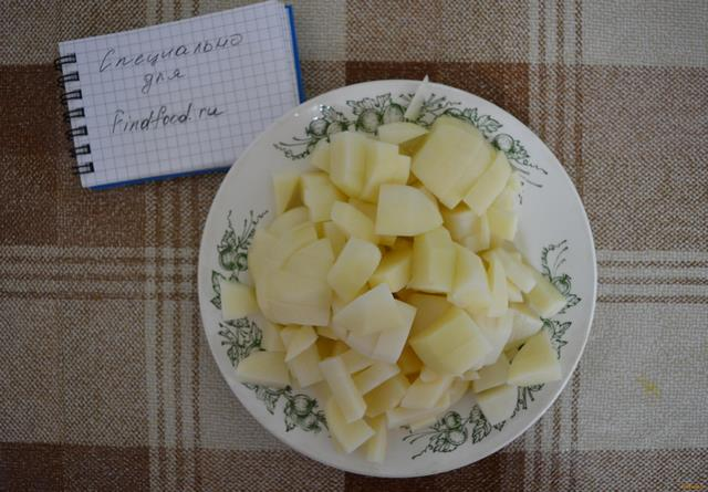 Суп с солеными огурцами рецепт с фото 2-го шага