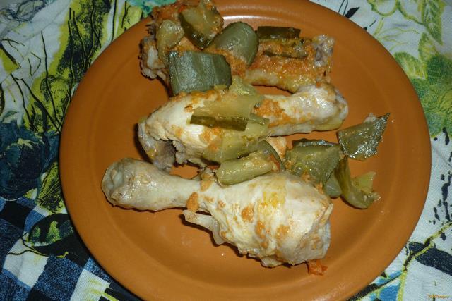 Рецепт Куриные ножки под овощным соусом в мультиварке рецепт с фото