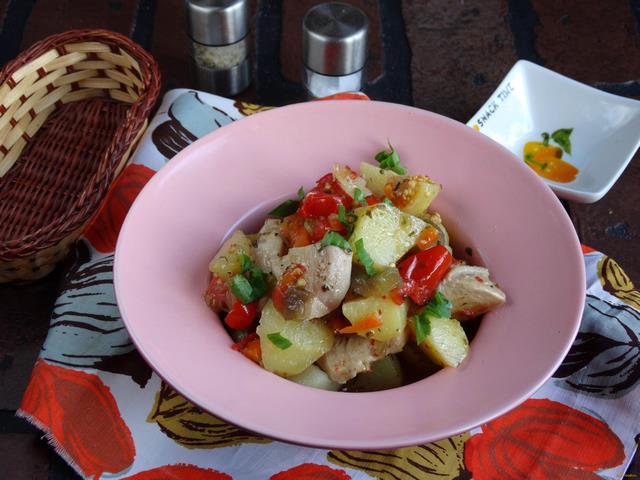 Рецепт Аджапсандал с курицей в мультиварке рецепт с фото