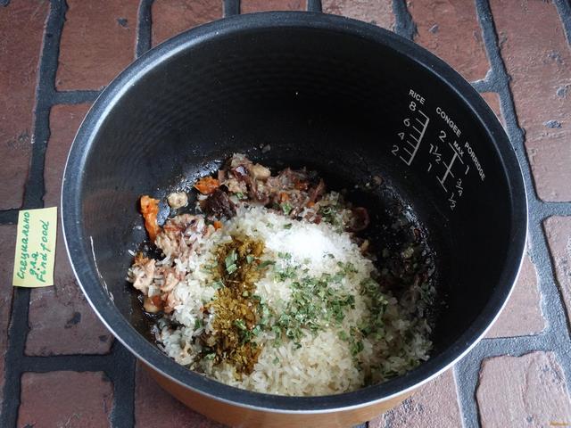 рецепт в мультиварке с тушенкой и рисом