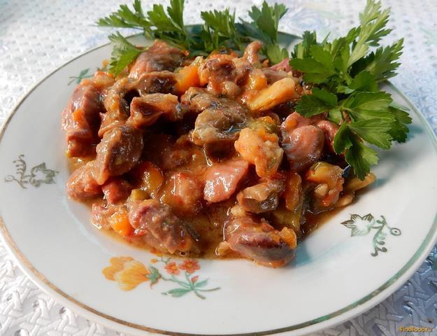 Рецепт Куриные желудки с бобами и овощами в мультиварке рецепт с фото