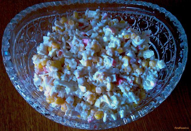 Салат с крабовыми палочками и кукурузой рецепт с пошагово