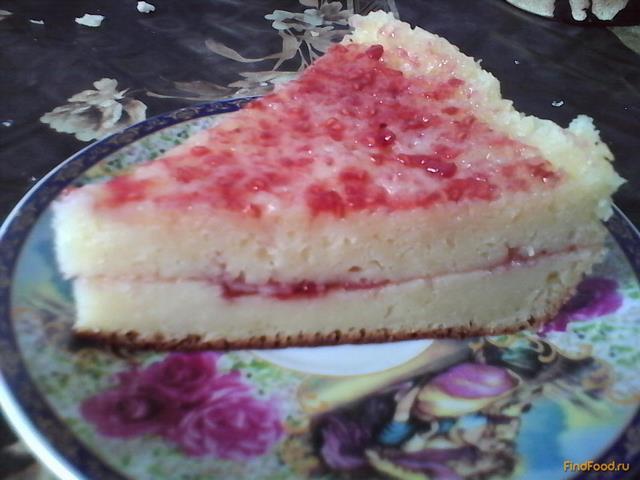 Рецепт Нежный пирог с малиновой пропиткой в мультиварке рецепт с фото