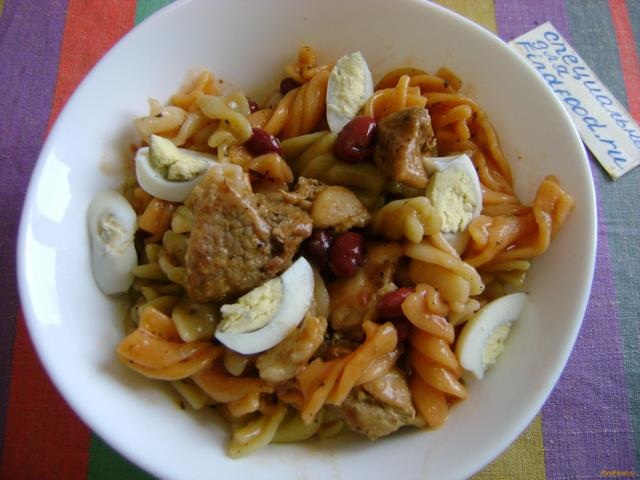 Рецепт Теплый салат с макаронами и свининой рецепт с фото