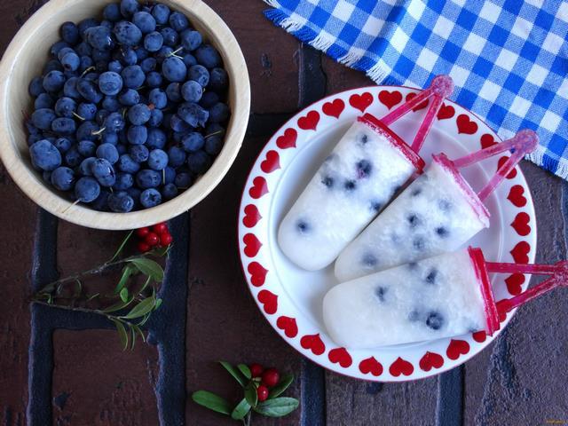 Рецепт Дынное мороженое с голубикой рецепт с фото
