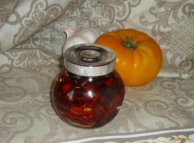 Рецепт Вяленые помидоры с розмарином и чесноком рецепт с фото