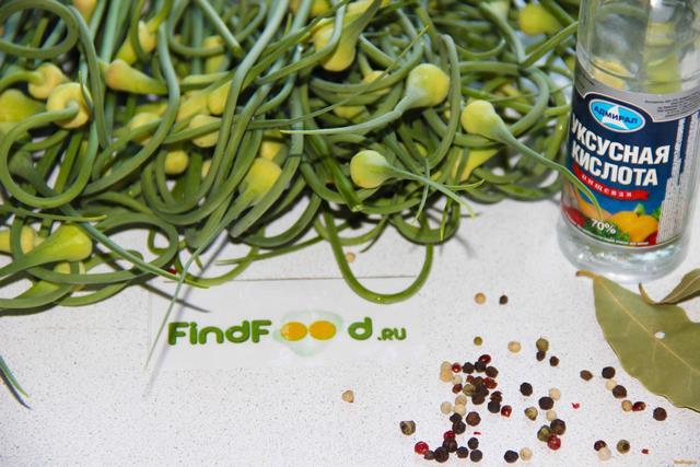 рецепт приготовления стрелок чеснока с овощами