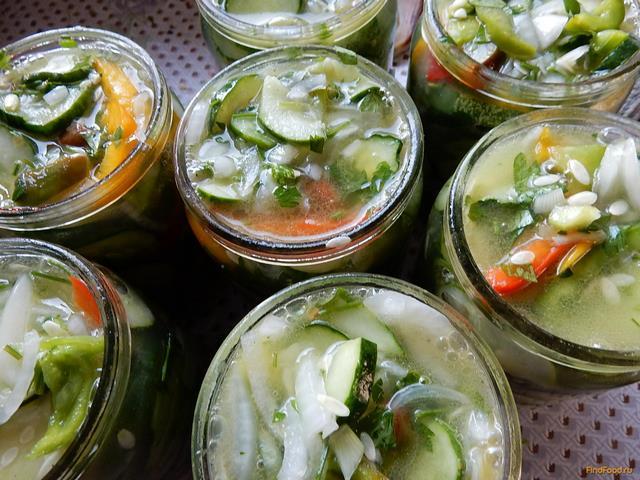 на зиму салат из огурцов закрыть рецепты