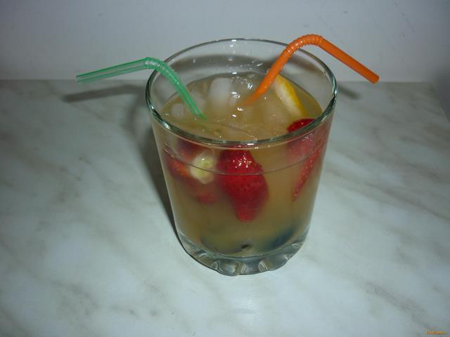Рецепт Безалкогольная фруктовая сангрия рецепт с фото