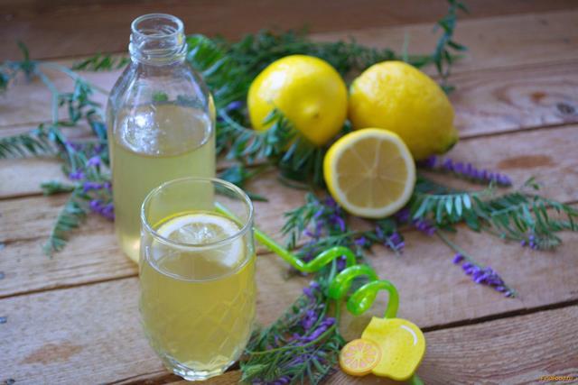 Рецепт Деревенский лимонад на зеленом чае рецепт с фото