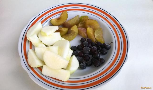 как приготовить компот из яблок и чёрной смородины