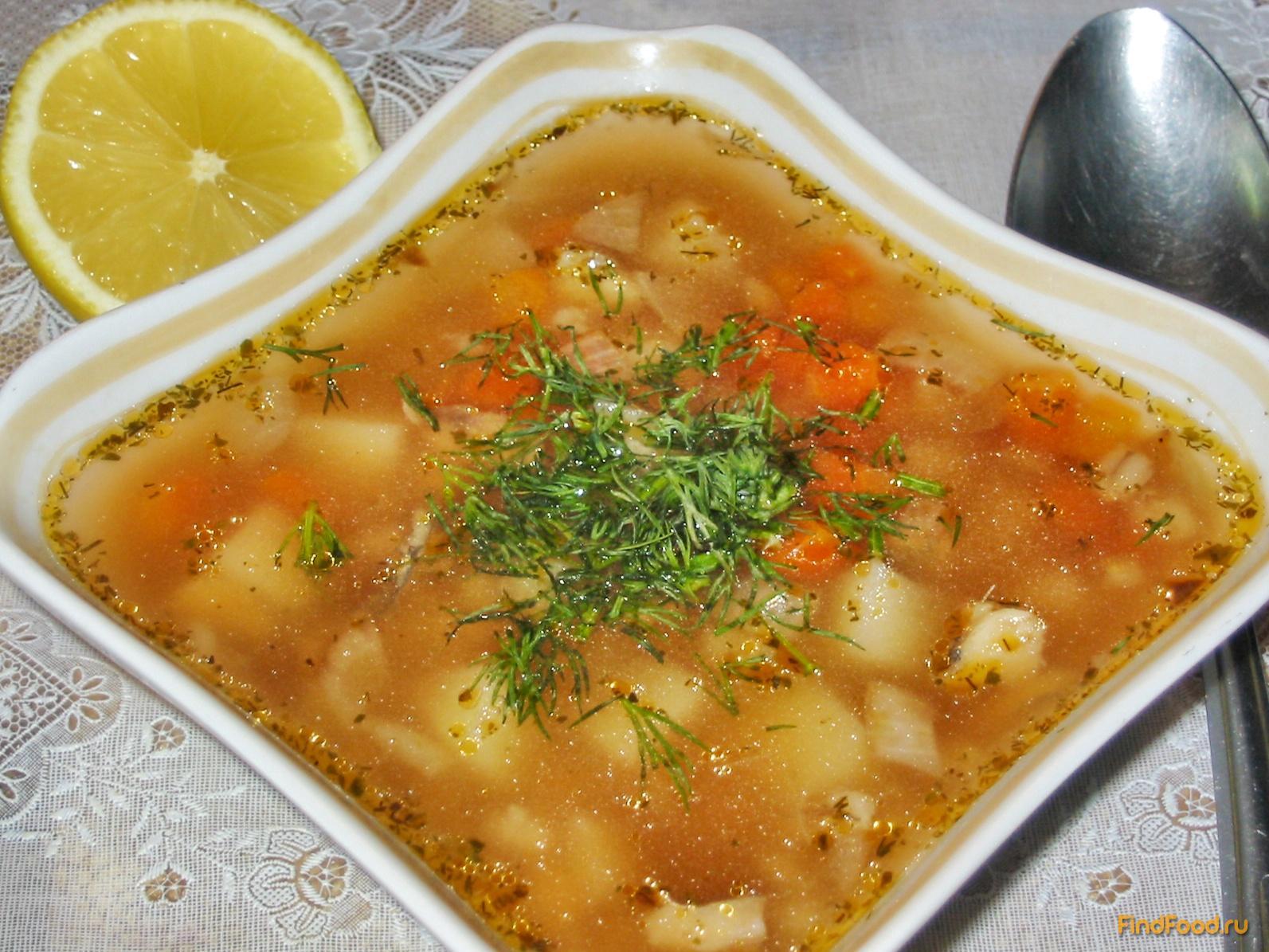 Суп рыбный из консервов горбуши и перловки