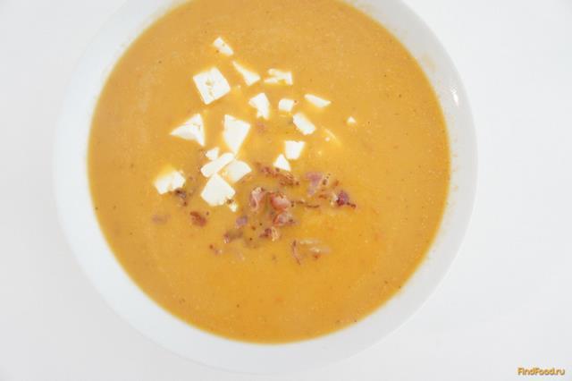 Рецепт Суп из баклажанов с хрустящим беконом и сыром Фета рецепт с фото