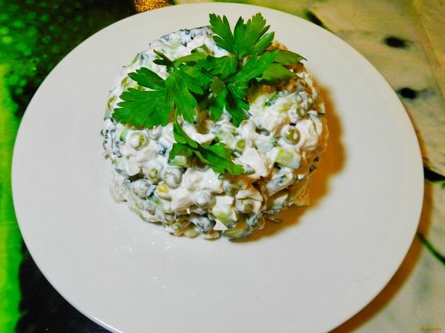 Рецепт Салат с зеленым горошком и курицей рецепт с фото