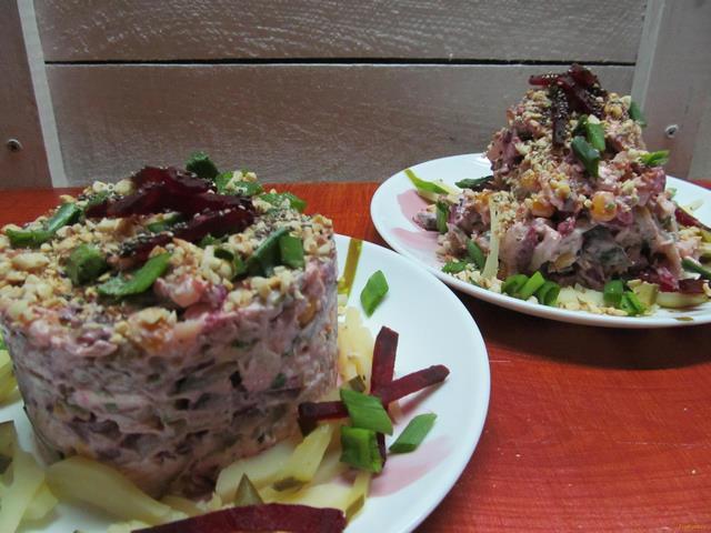 Рецепт Салат из курицы свеклы картофеля и огурца рецепт с фото