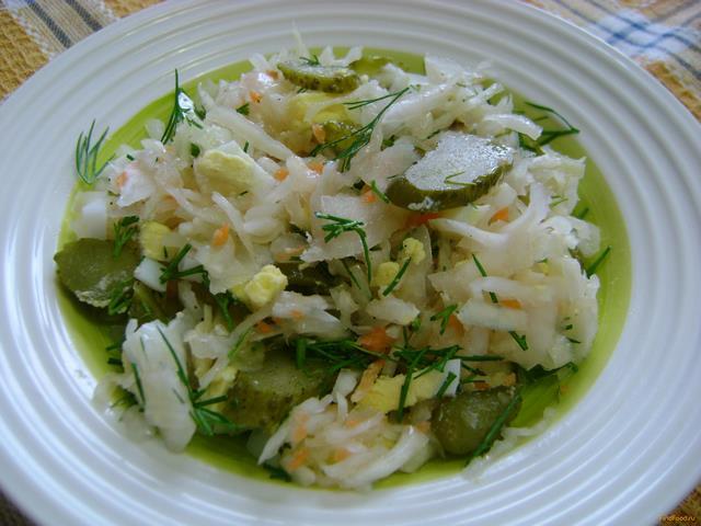 Рецепт Салат с квашеной капустой и яйцом рецепт с фото