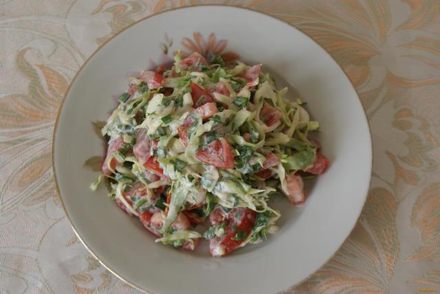 Рецепт Салат с помидорами и молодой капустой рецепт с фото