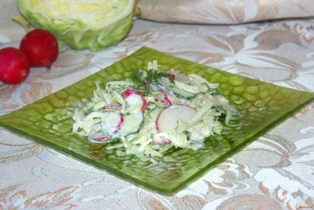 Рецепт Весенний салат со сметаной рецепт с фото