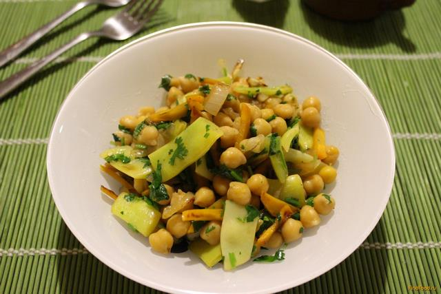Рецепт Теплый салат с нутом рецепт с фото