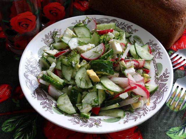 Рецепт Овощной салат с яйцом и брынзой рецепт с фото