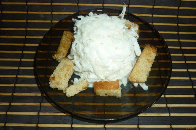 Рецепт Салат из белой редьки со сметаной рецепт с фото