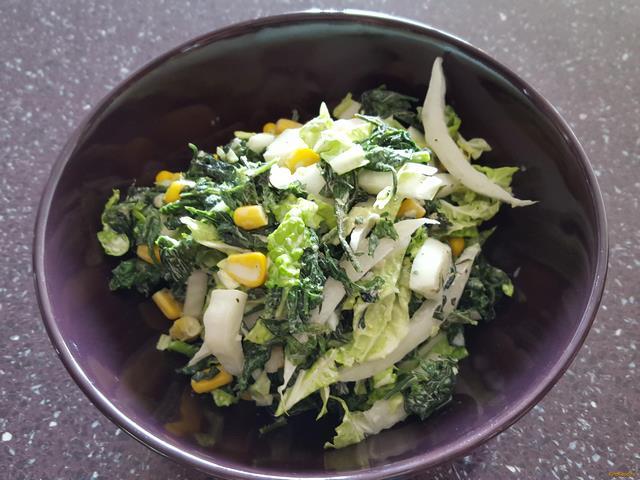 Рецепт Салат с крапивой и огурцом рецепт с фото