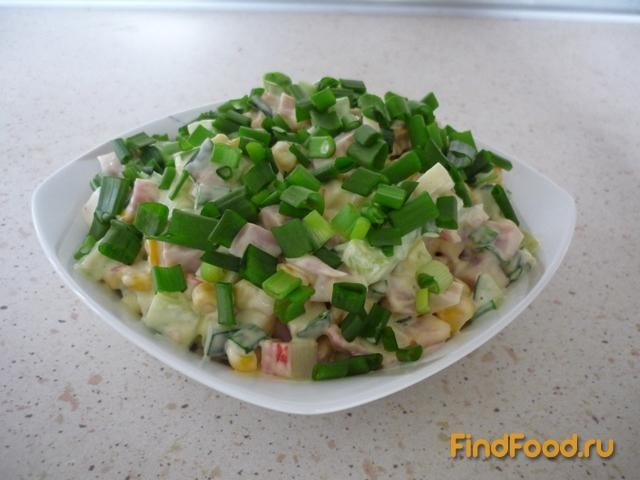 Рецепт Быстрый салатик с кукурузой рецепт с фото