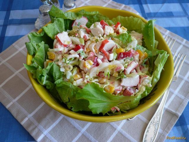 Рецепт Летний салат с крабовыми палочками и болгарским перцем рецепт с фото