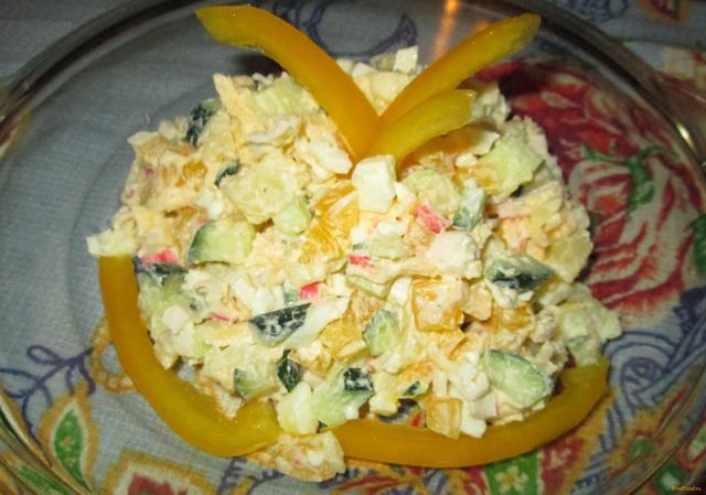 Рецепт Салат с сыром и крабовыми палочками рецепт с фото