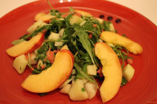 Рецепт Фруктовый салат с клубничной заправкой рецепт с фото