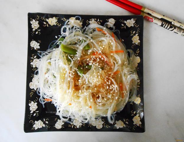 Рецепт Теплый салат с фунчозой рецепт с фото