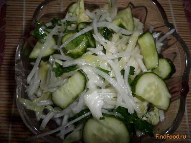 Рецепт Салат с редькой капустой и огурцом рецепт с фото