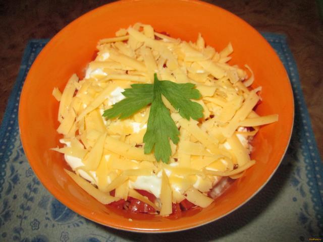 Рецепт Салат с крабовыми палочками помидорами и сыром рецепт с фото