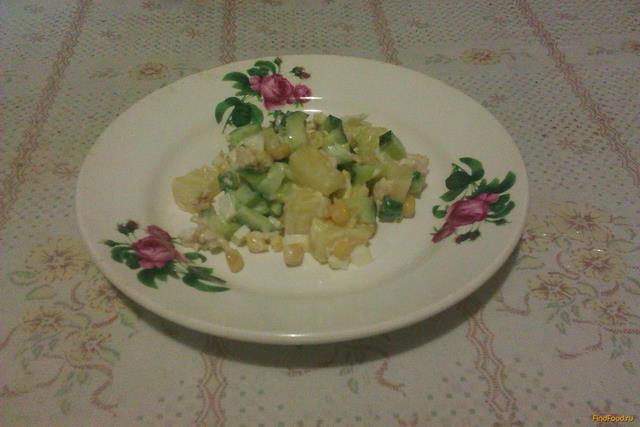 Рецепт Куриный салат с ананасами и кукурузой рецепт с фото