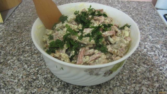 Рецепт Салат с белой фасолью и сухариками рецепт с фото