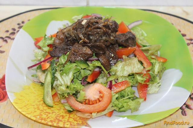 Рецепт Салат с куриной печенью и свежими овощами рецепт с фото