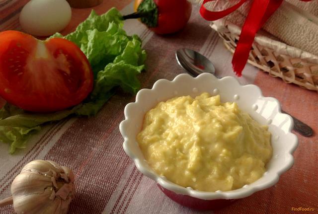 Рецепт Густой сырный соус с чесноком рецепт с фото