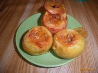 Рецепт Запеченные яблоки с вареньем и орехами рецепт с фото