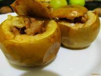 Рецепт Запеченные яблоки с медом и орехами рецепт с фото