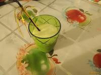 Рецепт Коктейль молочный с бананом и мёдом рецепт с фото