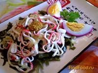 Рецепт Салат из морской капусты и жаренных крабовых палочек рецепт с фото