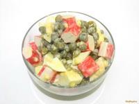 Рецепт Салат с крабовыми палочками и зеленым горошком рецепт с фото