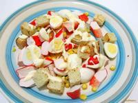 Рецепт Салат из крабовых палочек с гренками рецепт с фото