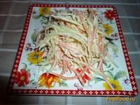 Рецепт Салат из зеленой редьки с морковью и капустой рецепт с фото
